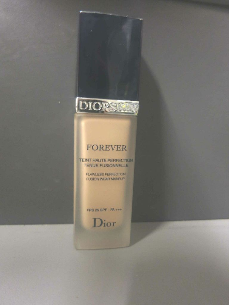 FDT_Diorskin_Forever_Dior_leluxedaxelle